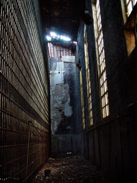 Photo of the abandoned Old Essex County Jail in Newark, NJ