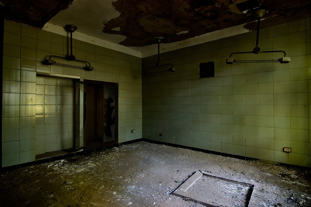 Operating Room 1 - Photo of the Abandoned Riverside ...