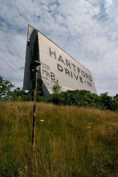 Photo of the abandoned Hartford Drive-In in Newington, CT