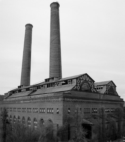 Photo of the abandoned Glenwood Power Plant in Yonkers, NY
