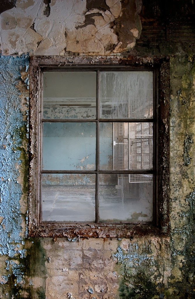 The Nurses Window Photo Of The Abandoned Central Islip